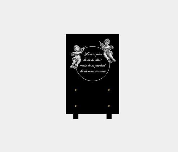 plaque funéraire moderne illustrée d'une gravure d'anges et poème